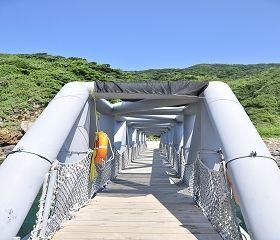 北岸登島碼頭鐵橋