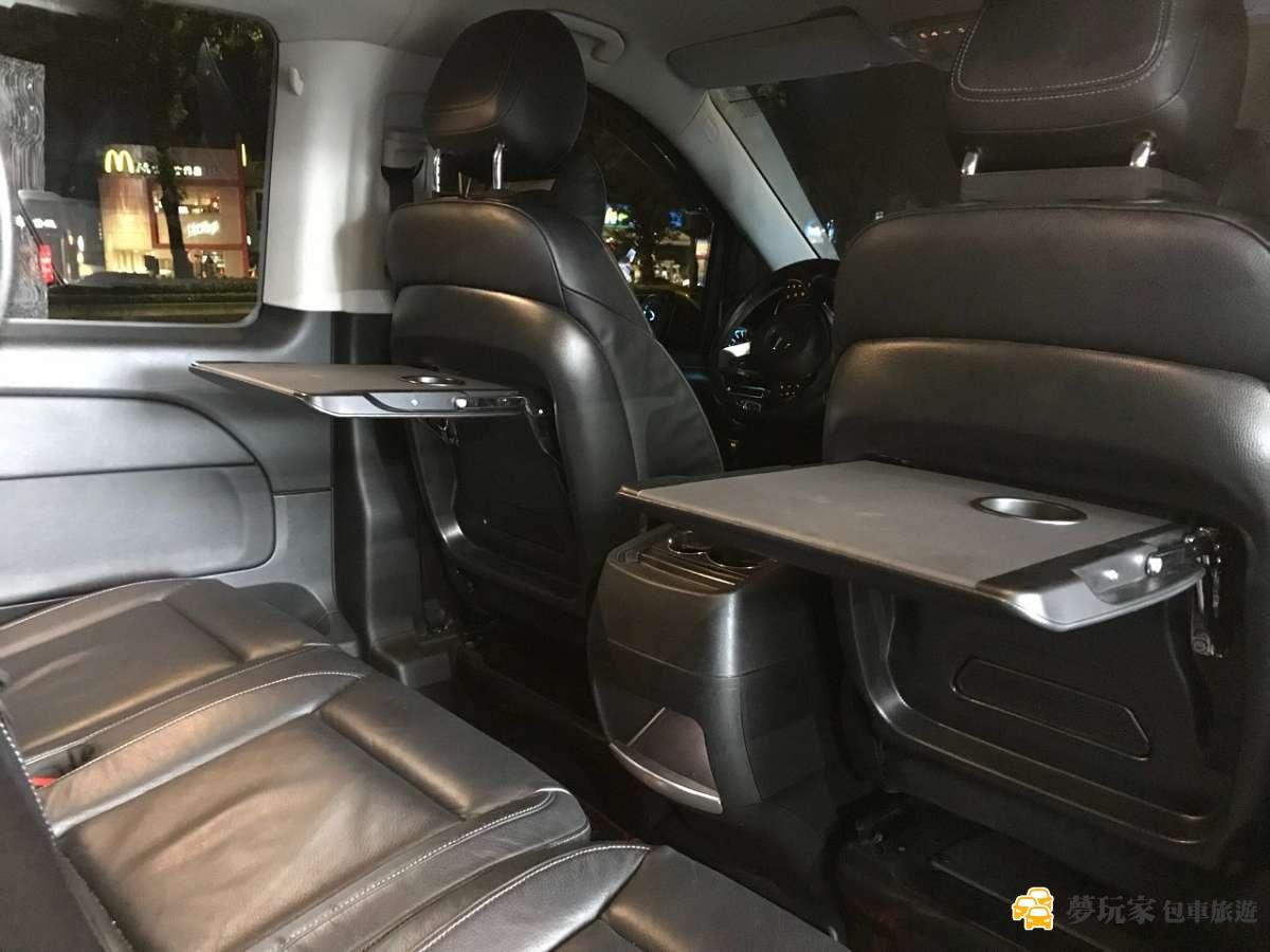 benz-v250d-interior